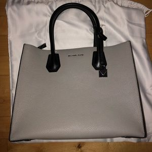 Michael Kors Mercer Pearl Grey/Cream